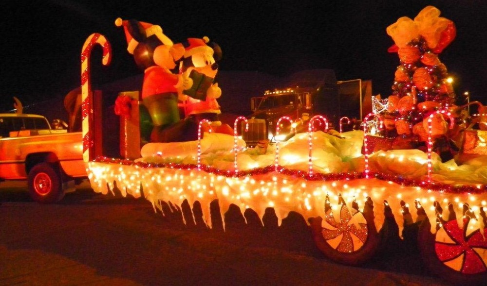 douglas christmas parade 3